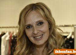 Isabelle A doopt De Grietjes om tot Les Copines