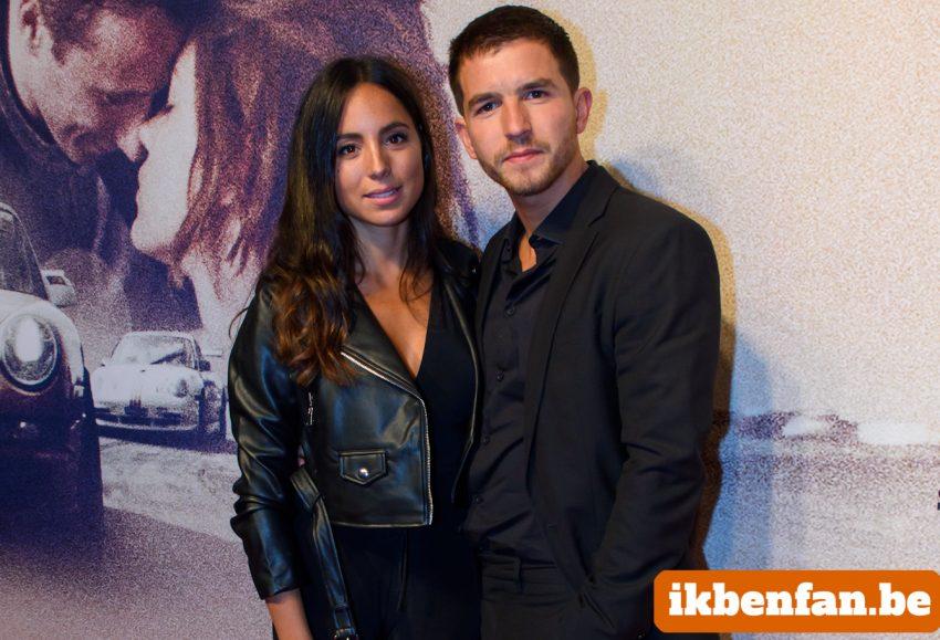 Matteo Simoni showt nieuwe vriendin op rode loper