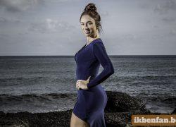 Natalia loopt woest weg tijdens reclamefilmpje